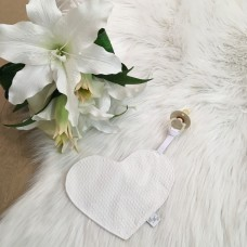 Speendoek hart Jacquard streepjes wit